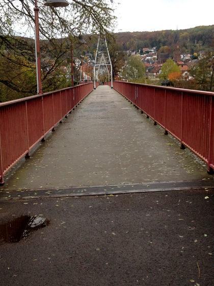 Diesseits der Brücke Frankreich, jenseits davon Deutschland