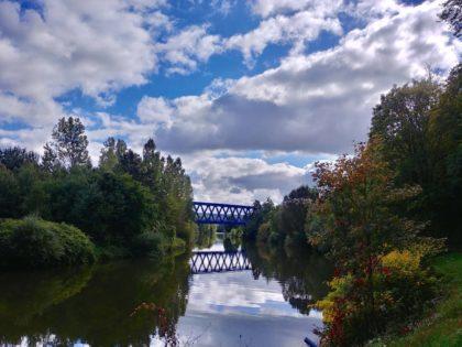 Drei Jahre später - Brücke & Himmel