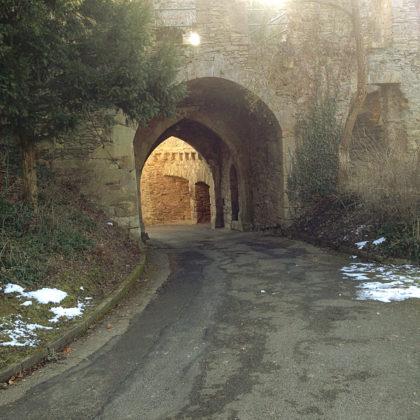 Von Schloss Dhaun...