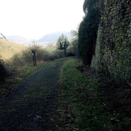 ...bewege ich mich jetzt in Richtung der Ruine Brunkenstein, einer ehemaligen Vorburg des Schlosses