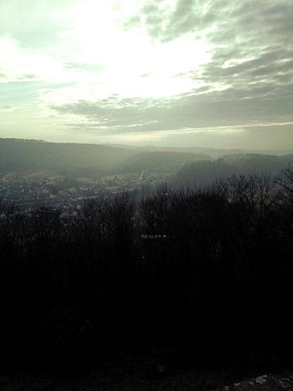 Noch einmal der Blick hinab ins Tal