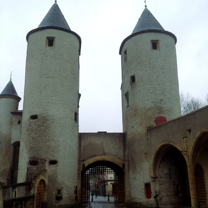 Deutsches Tor = Porte des allemands