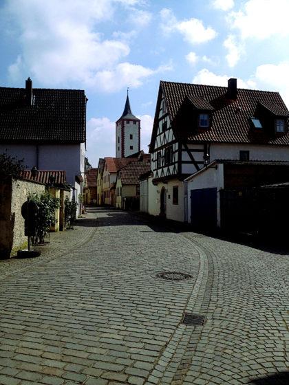 Karlstadt, Straße zum Katzenturm