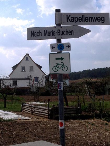 Abzweigung in Rohrbach zu Wallfahrtsort Nummer 5
