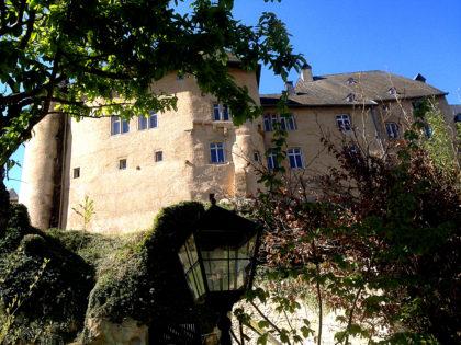 Schloss Bourglinster, Rückseite