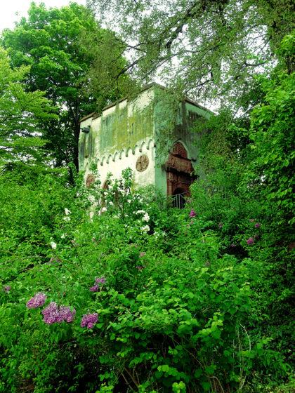La belle au bois dormant-Atmosphäre im Landschaftsgarten Herrnsheim