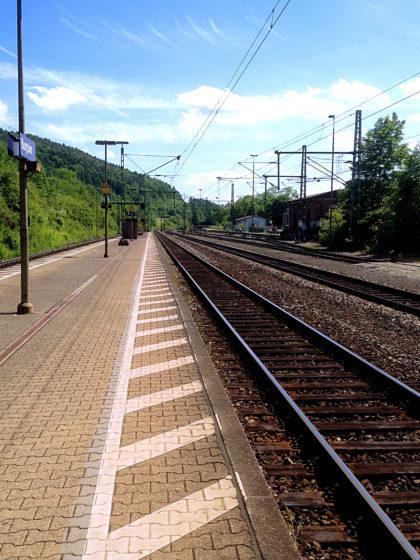 Am Bahnsteig in Burgsinn