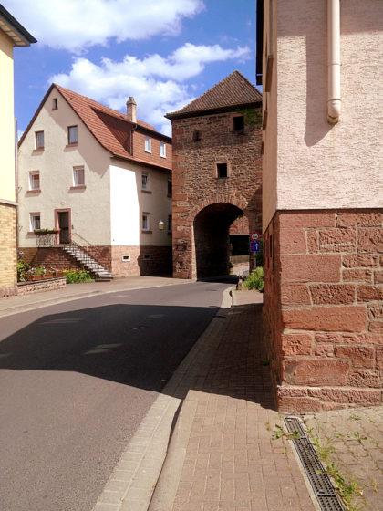 Das Rienecker Tor in Burgsinn