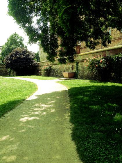 Der Park neben dem Schloss