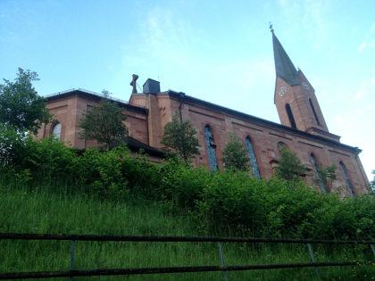 Die Kirche in Fellen