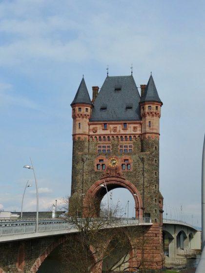 Der Nibelungenturm bei einem späteren Besuch