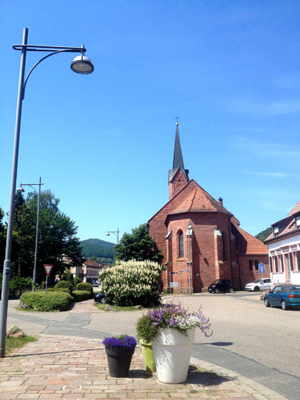 Annweiler, 150 Meter vom Bahnhof weg