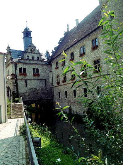 Marktbreit, Maintor und Rathaus, letzteres Ende des 16. Jahrhunderts erbaut