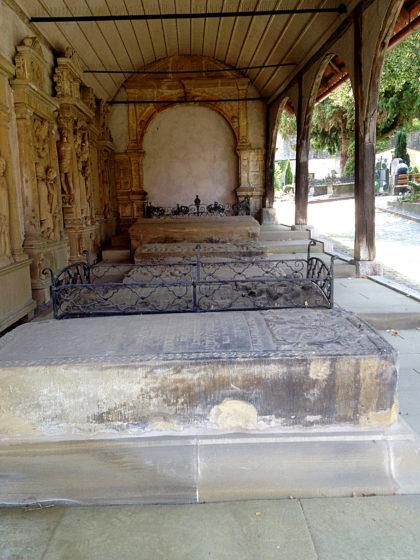Friedhof Marktbreit mit Arkaden aus dem 16. Jahrhundert