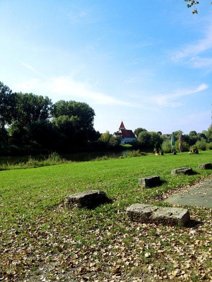 Winterhausen auf der gegenüberliegenden Mainseite