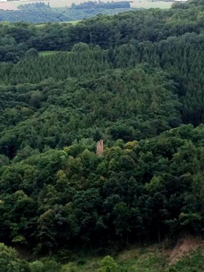 Ganz unten Ruine Brunkenstein, die genau wie Schloss Dhaun zum benachbarten Wildgrafenweg gehört