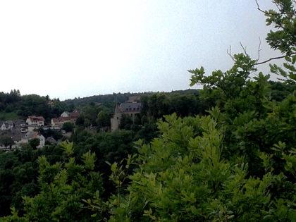 Schloss Dhaun aus der Ferne