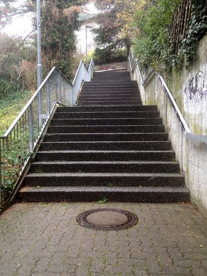 Die Haardter Treppe hinauf...