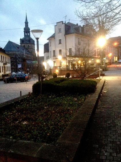 Tholey mit Marktplatz und Benediktinerabtei