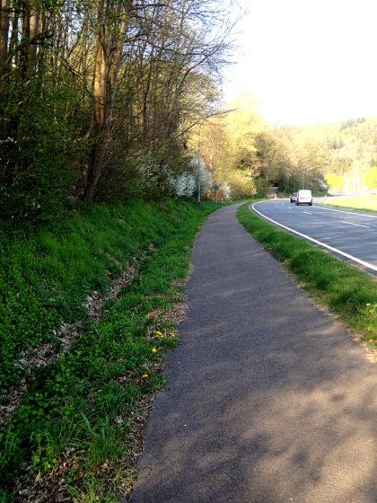 Landstraße zwischen Gonnesweiler und Türkismühle