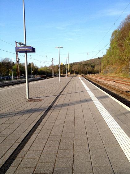 Bahnsteig Türkismühle