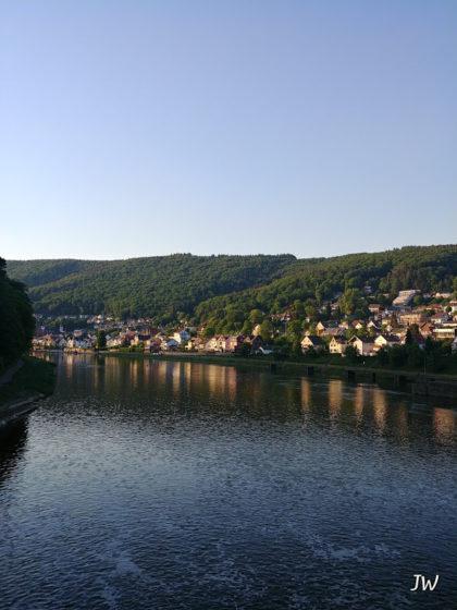 Blck von der Schleusenbrücke auf Neckarsteinach