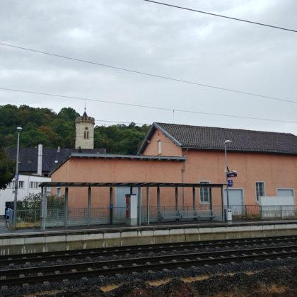 Am Ziel: Der Bahnsteig in Oppenheim