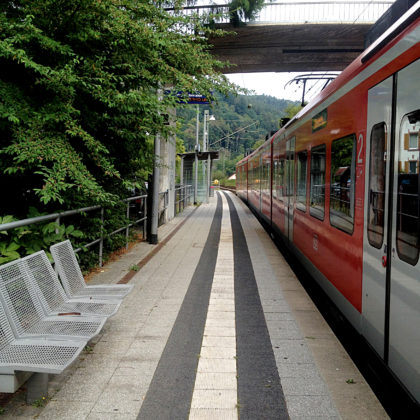 Bahnsteig Neckargerach, Startpunkt der Tour
