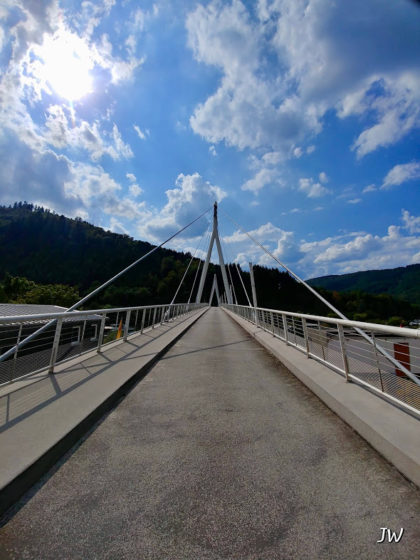 Brücke über den Neckar