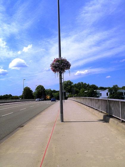 Gustav-Heinemann-Brücke; auf dem Weg zum Großen Markt