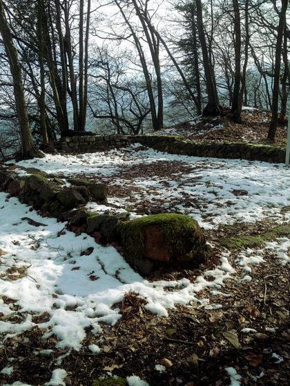 Letzte Überreste eines Walls aus dem 3. oder 4. Jahrhundert