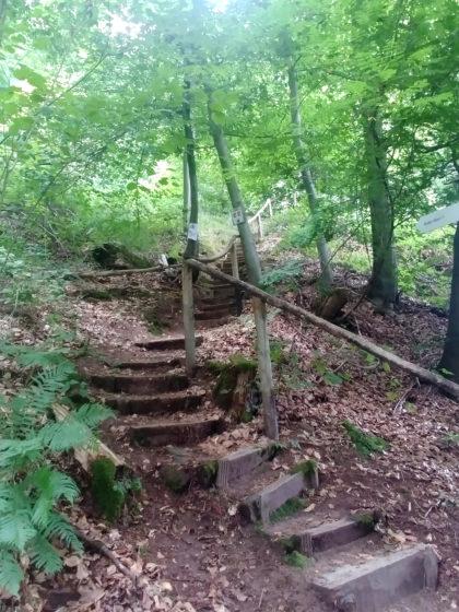 """Diese Treppe führt zum restaurierten Bunker """"Albert"""", den ich mir diesmal aber nicht anschaue"""
