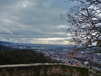 Blick von der Schauenburg auf Dossenheim und Hinterland