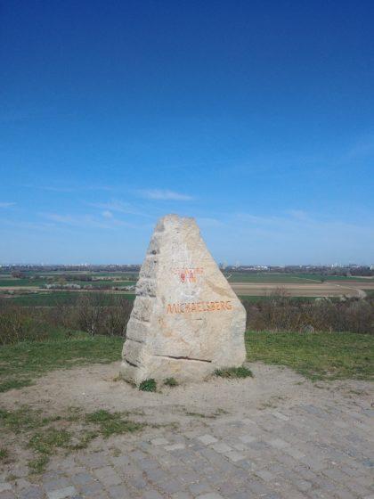 Der Michaelsberg ist 125 Meter hoch