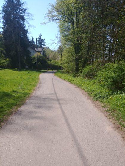 Ein paar Meter vom Beginn des Idesbachpfades entfernt