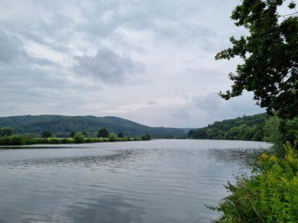 Der Fluss bestimmt diese Wanderung
